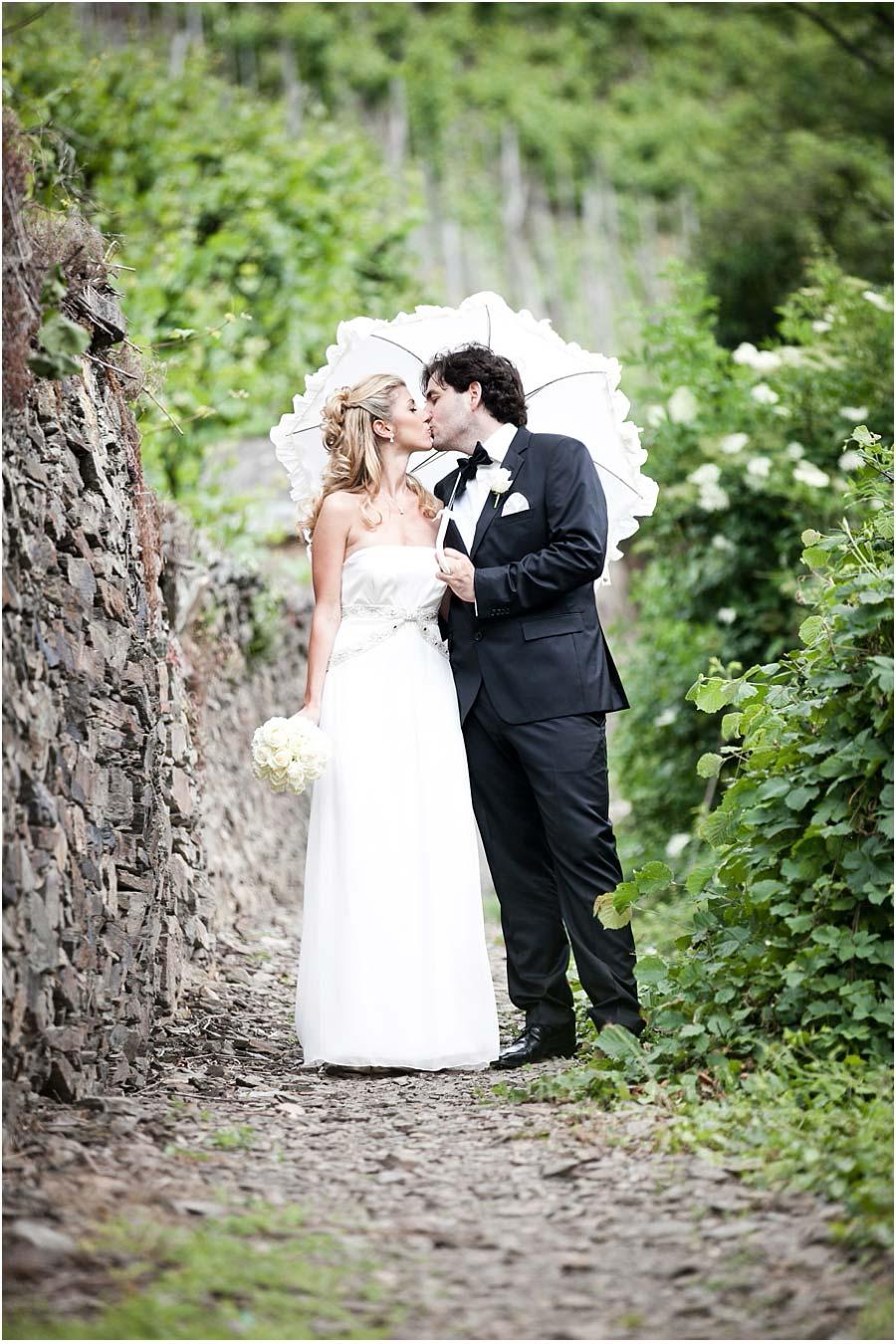 Brautpaarfoto-hochzeit-alte-muehle-hoereth