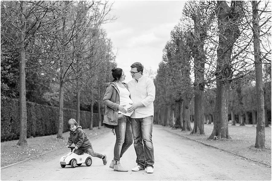 schwangerenfoto-schloss-benrath